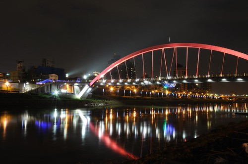 彩虹橋 (Rainbow Bridge)