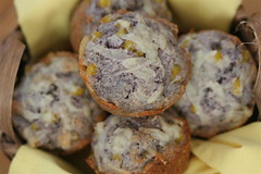 Blue Cheddar-Corn Muffins 2