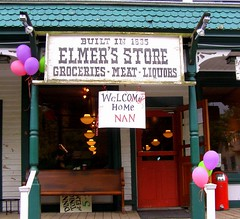 Elmer's (c) Hilltown Families