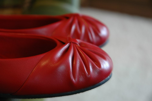 red ballet shoes flats