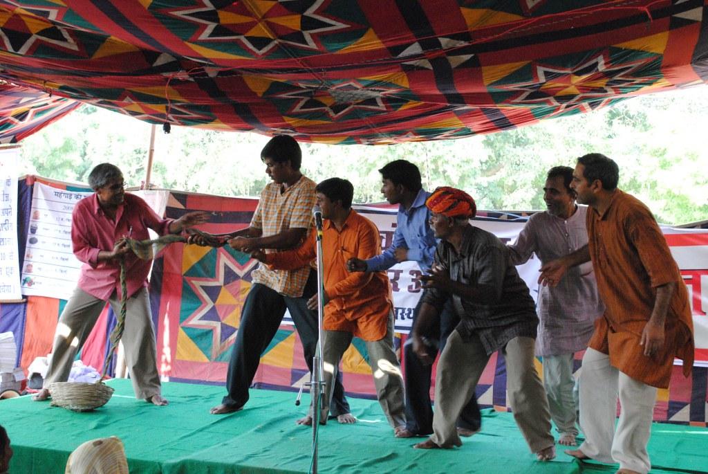 Pics from the satyagraha - 2 Oct 2010 - 25