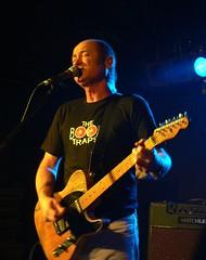 Hoodoo Gurus @ The Venue - Dave Sings