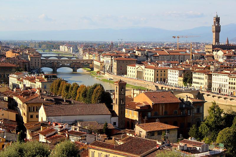Arno river and its beautiful bridges