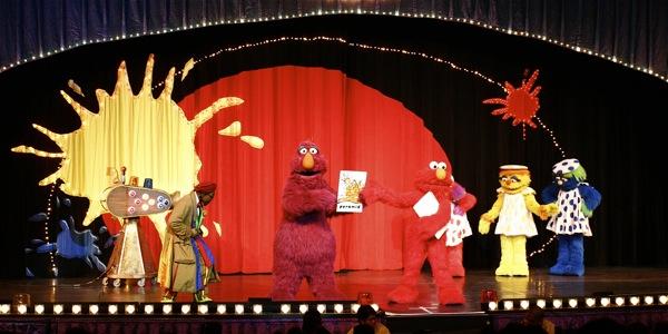 Sesame Street Live: Elmo's Coloring Book - 6