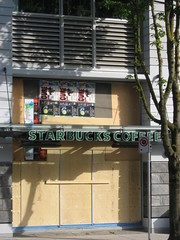 shuttered down starbucks