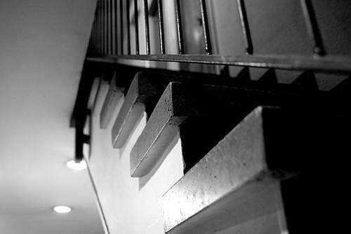 al final de las escaleras, misterio