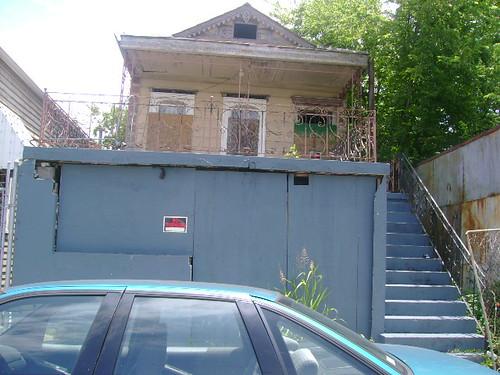 1325-27 Franklin Avenue