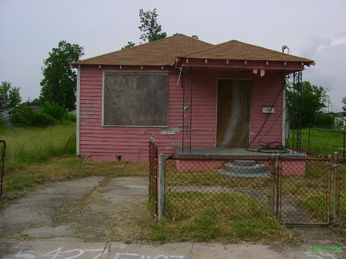 5427 N Villere Street