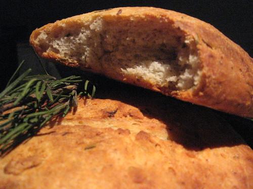 rosemary garlic bread 2