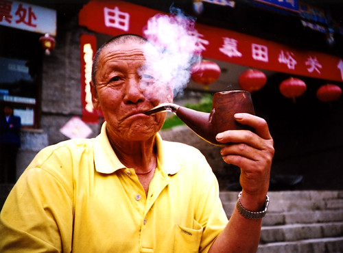 pipe smoking man ©Marc Davies