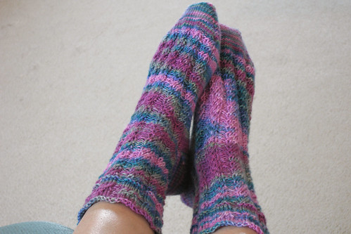 070711.FO.broadspiralsocks
