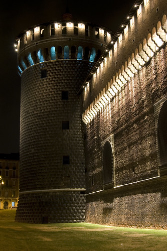 Castello Sforzesco by night. Photo by --Nick-- on Flickr.