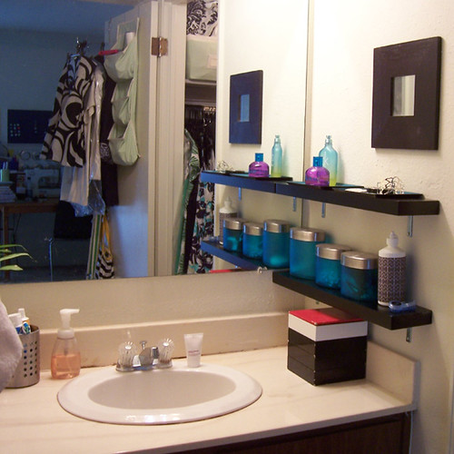Apartment Therapy Kitchen Shelves: Bathroom Shelves Over The Sink