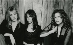 publicity photo of The Bangles