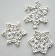 Round, Popcorn and Starflower Snowflakes