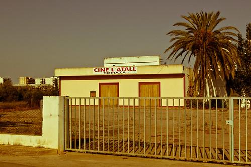 Cine L'Atall