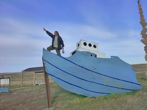 ND Enchanted Highway Fisherman's Dream 7 - Dave on boat