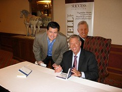Dan Ross meets John Maxwell at Success Symposi...
