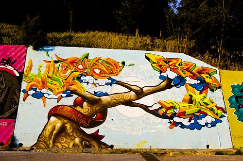 Graffiti/Tree