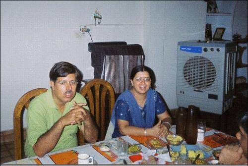 अनूप जी और मेरी पत्नी 'अनिका'