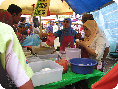Nasi kerabu stall