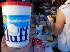 Fluff Making Fluffernutters