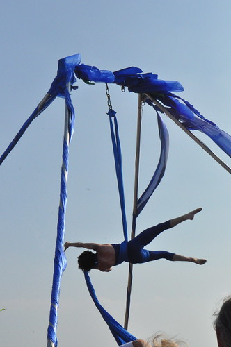 aerialist at mermaid parade