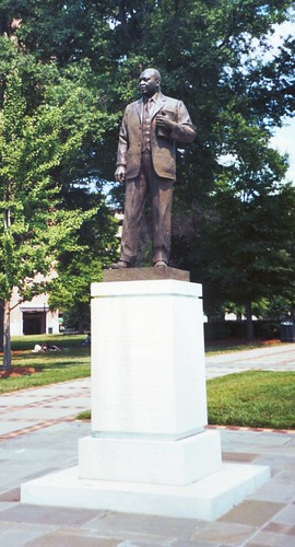 Martin Luther King, Jr., Statue