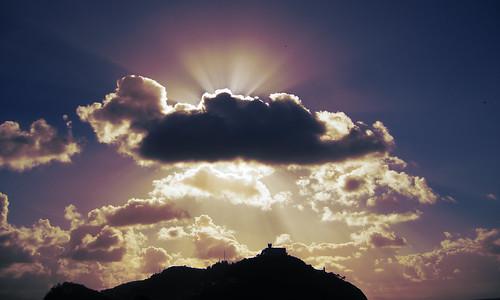 montaña y nube en donosti