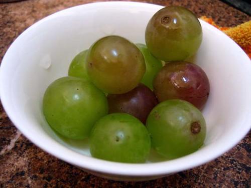 grapes / 葡萄