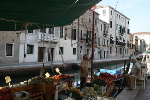 Fruttivendolo in Venezia