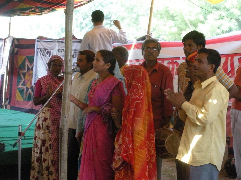 Pics from the satyagraha - 2 Oct 2010 - 3