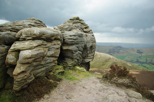 20100425-28_Rock Outcrops-Ringing Roger-Kinder Scout Plateaux by gary.hadden