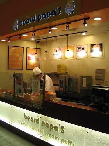 Beard Papa's shop in Anaheim