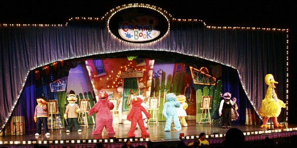 Sesame Street Live: Elmo's Coloring Book - 2