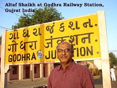 38 Godhra Station.psd.jpg
