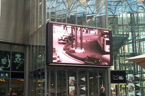 Sony Center Leinwand