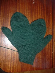 Plain Green Mittens