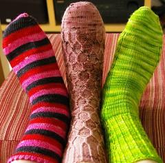 3 feet - 3 singles socks