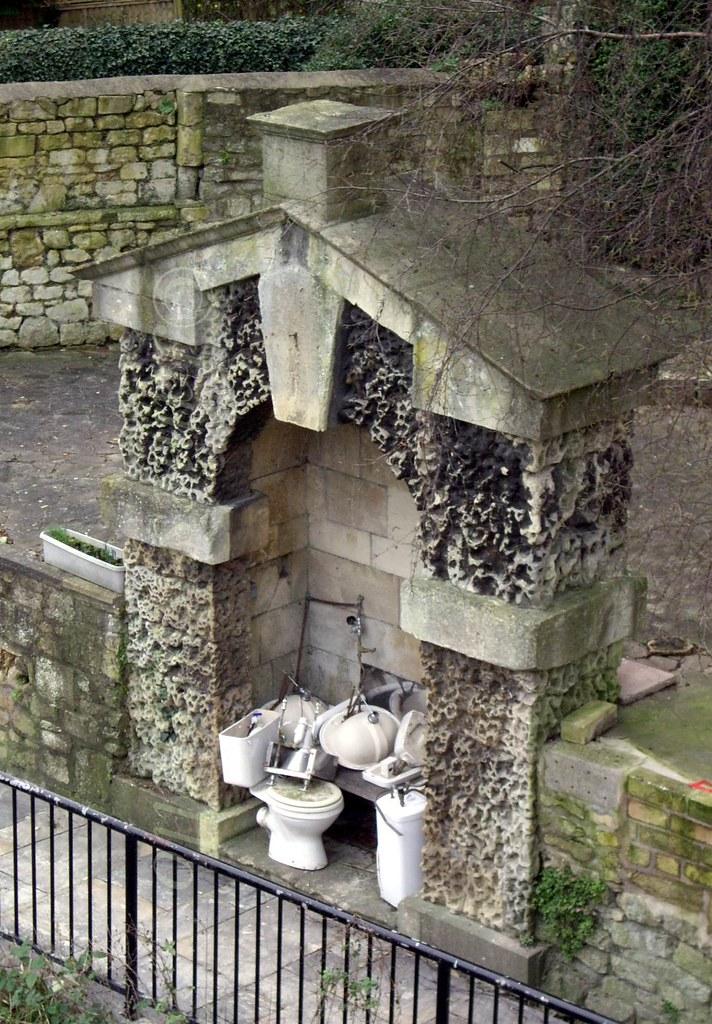070129.03.Somset.Bath.NorthParade.Delia's Grotto