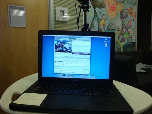 The live stream laptop