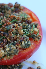 Tomato with Spinach-Sundried Tomato Crust