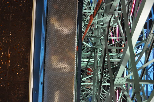 textures of the ferris wheel