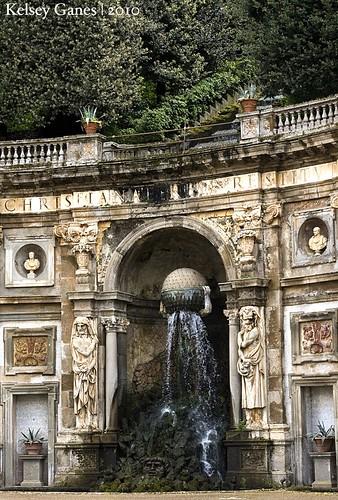 Villa Aldobrandini - Atlas and Catena d'Acqua