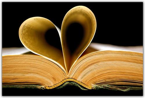 I Love to Read by Carlos Porto.