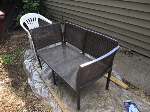 bench 001
