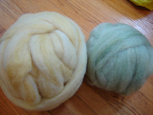 Natural Dyes from Handspun by Stephania