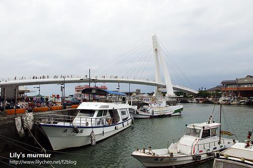 碼頭與情人橋另一景。