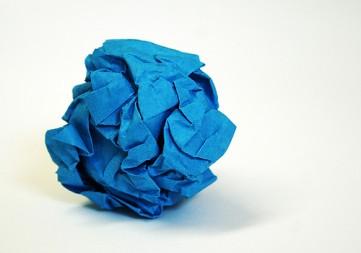 20080415000502-papel-arrugado