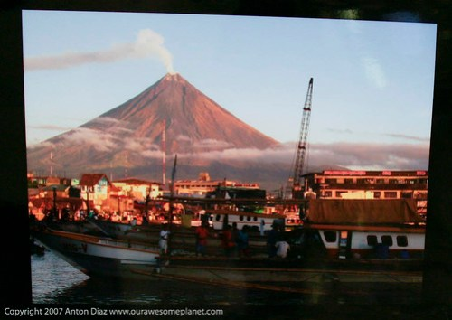Mayon Seaport by Gary Mart Domingo.jpg